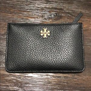 A new holder wallet